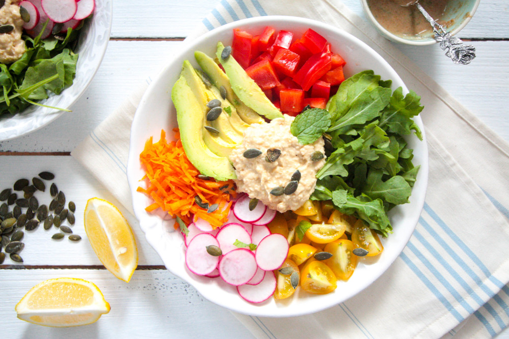 Hummus-Salad-Bowl-with-Tahini-Mint-Dressing