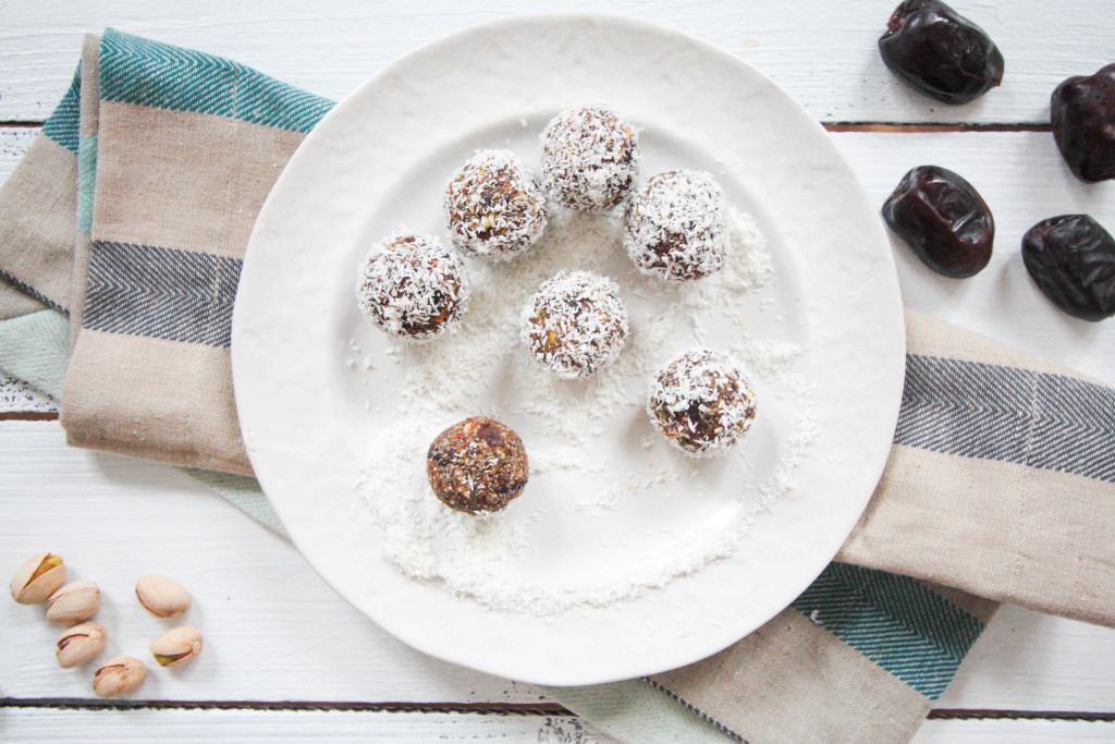 Superfood-Energy-Balls-4