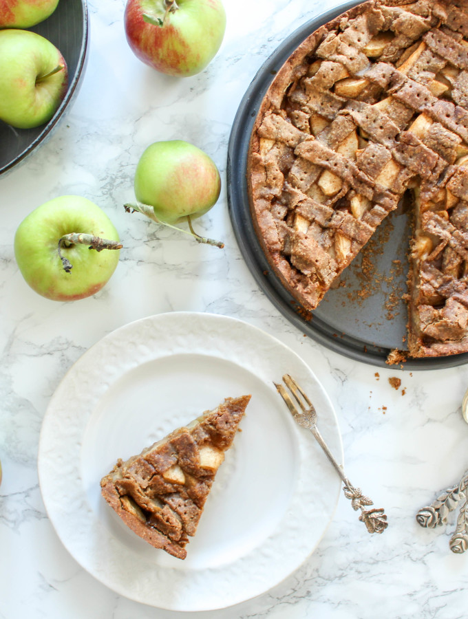 The best apple pie - vegan, gluten-free, dairy-free