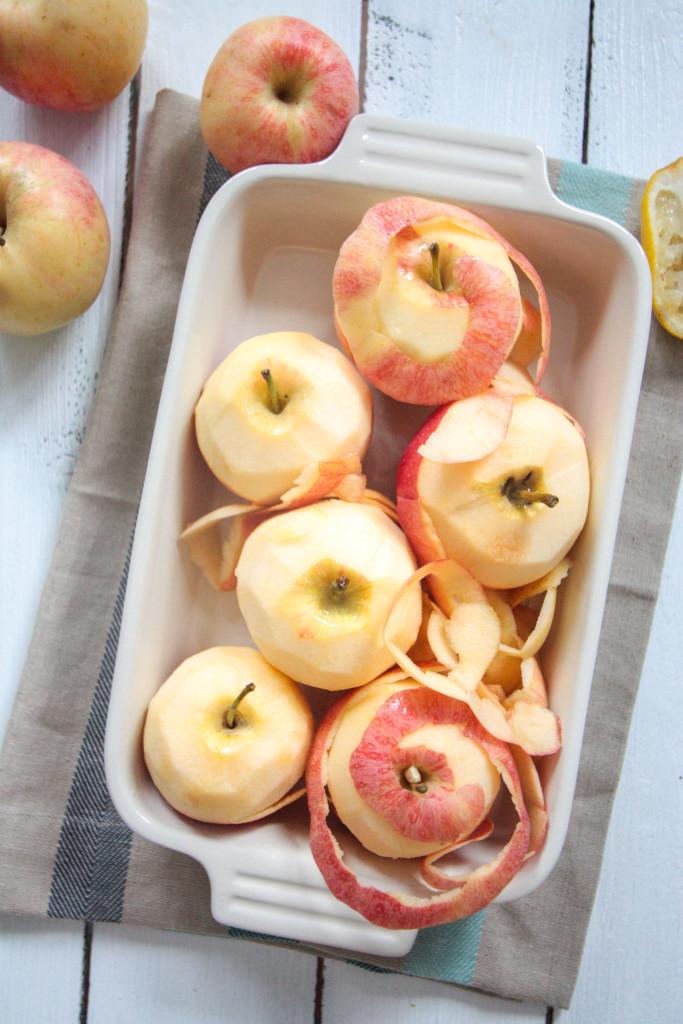 Homemade Apple Puree - vegan, vegetarian, refined sugar free - heavenlynnhealthy.com