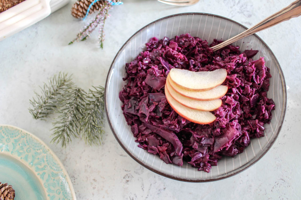 Spiced Apple Cabbage - plant based, vegan, gluten free, refined sugar free - heavenlynnhealthy.com