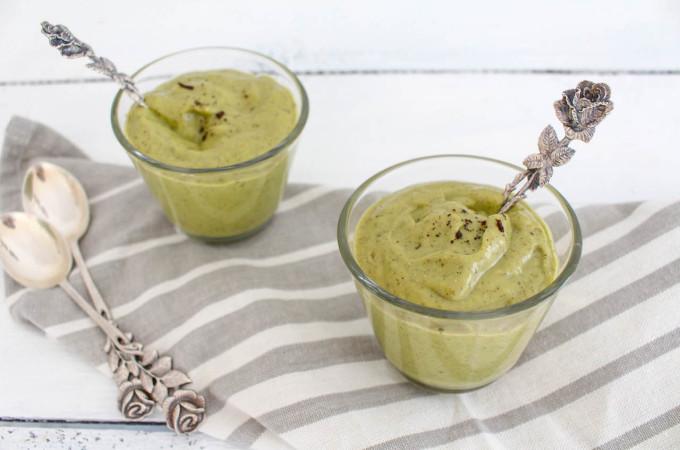 Avocado Vanilla Pudding - vegan, plant based, gluten free, refined sugar free, healthy - heavenlynnhealthy.com