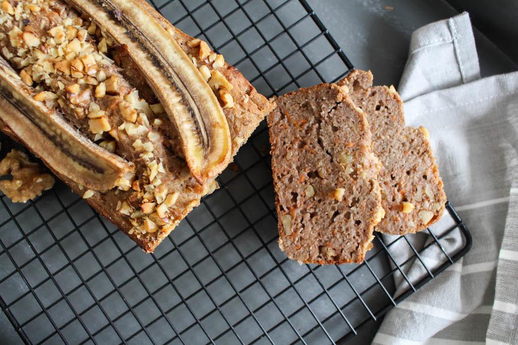 Healthy Banana Carrot Bread - plant based, gluten free, refined sugar free, vegan - heavenlynnhealthy.com