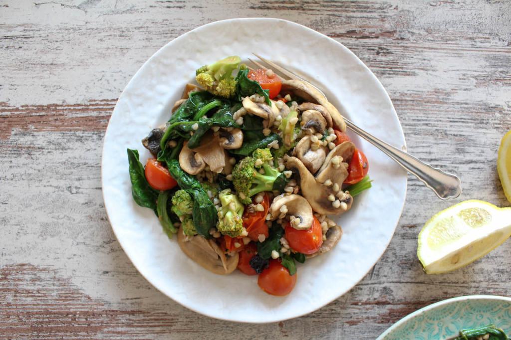 Quick Buckwheat and Vegetable Stir Fry - vegan, plant based, gluten free, refined sugar free, healthy - heavenlynnhealthy.com