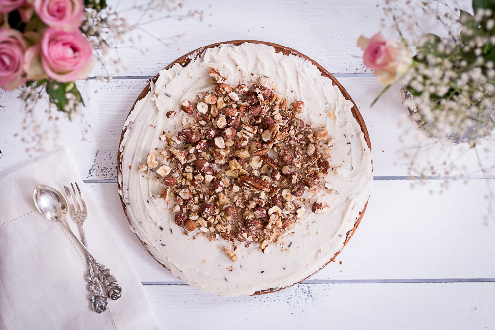 The best healthy carrot cake - plant-based, vegan, gluten free, refined sugar free - heavenlynnhealthy.com