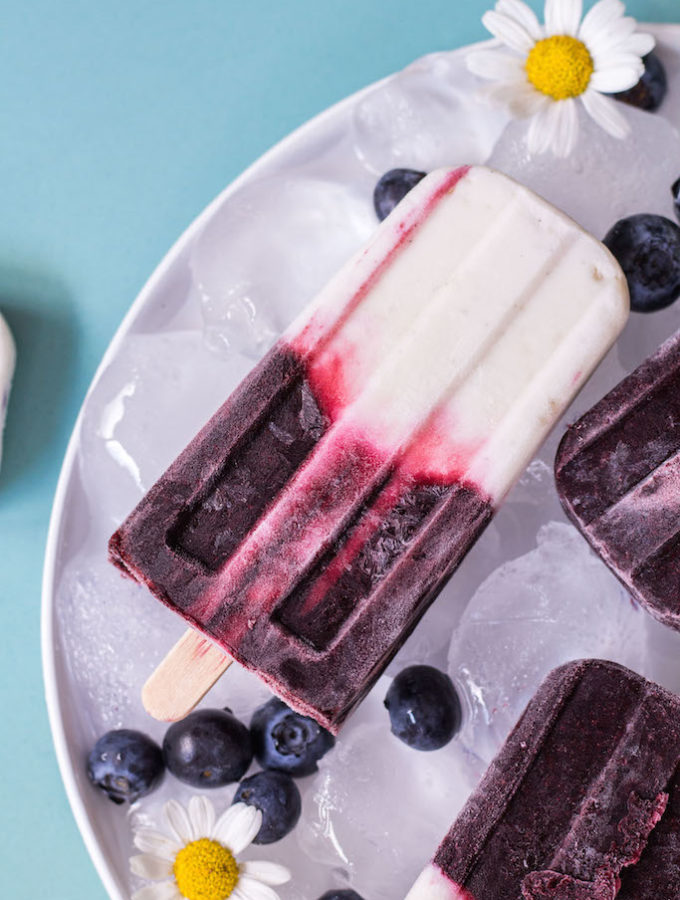 Blueberry Coconut Yoghurt Popsicles - plant based, vegetarian, refined sugar free, vegan - heavenlynnhealthy.com