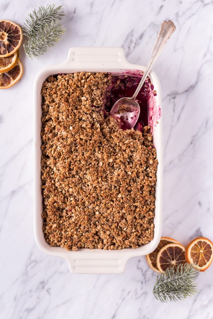 Healthy Gingerbread Crumble - plant based, vegan, gluten free, refined sugar free, dairy free - heavenlynnhealthy.com