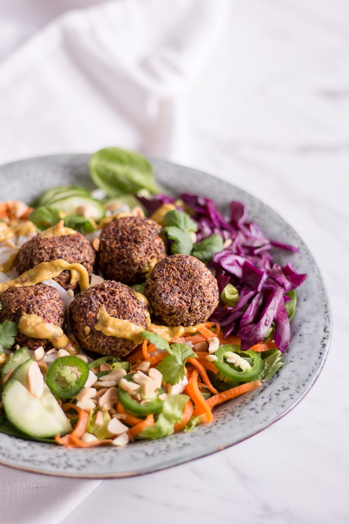 Vietnamese Banh Mi Bowl with plant based quinoa meatballs - - plant-based, vegan, gluten free, refined sugar free - heavenlynnhealthy.com