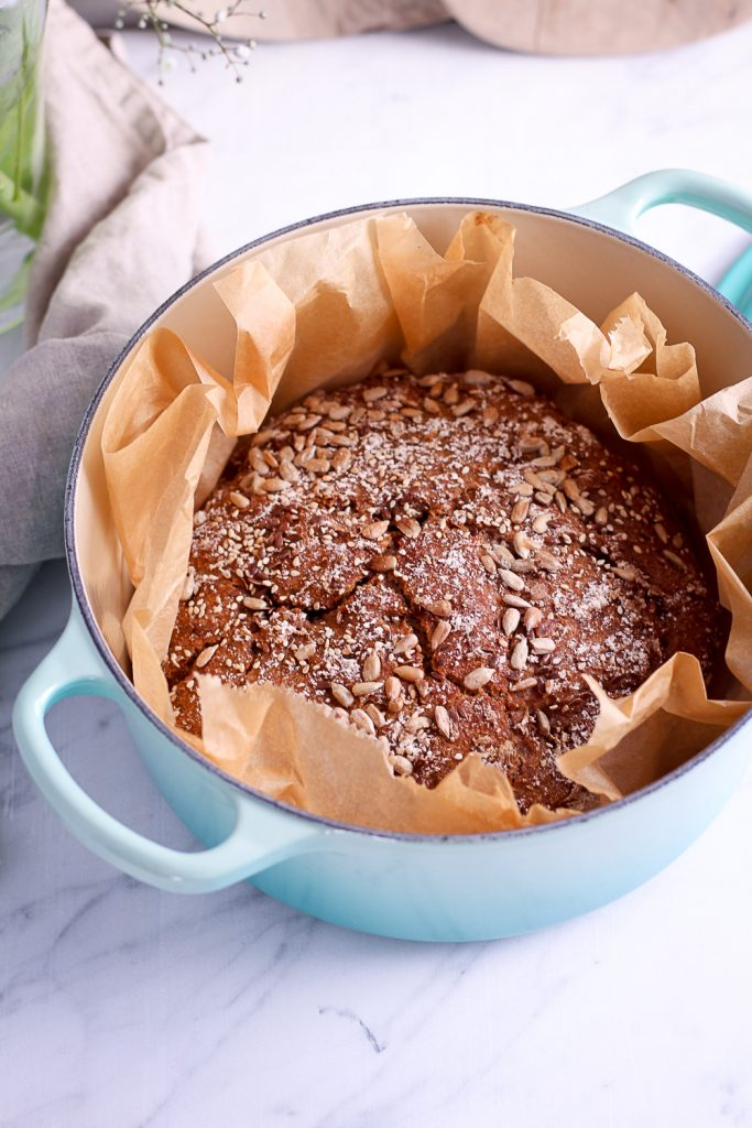 No Knead Whole-Wheat Rye Bread - plant-based, vegan, refined sugar free - heavenlynnhealthy.com