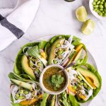 25-minute salad wraps with the best cashew-cilantro-sauce