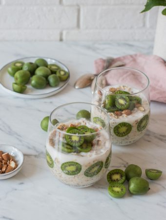 Post-Workout Mini-Kiwi Overnight Oats